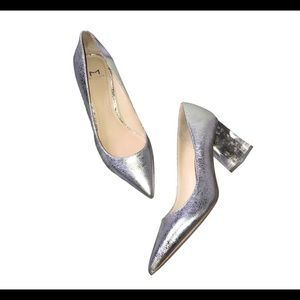 New Marc Fisher LTD Silver Heels Size 7